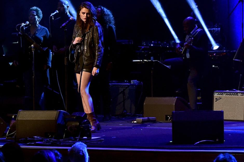 Sky Ferreira live in 2015