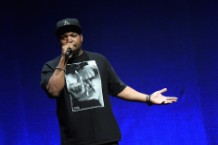 Ice Cube at a 2015 speaking engagement