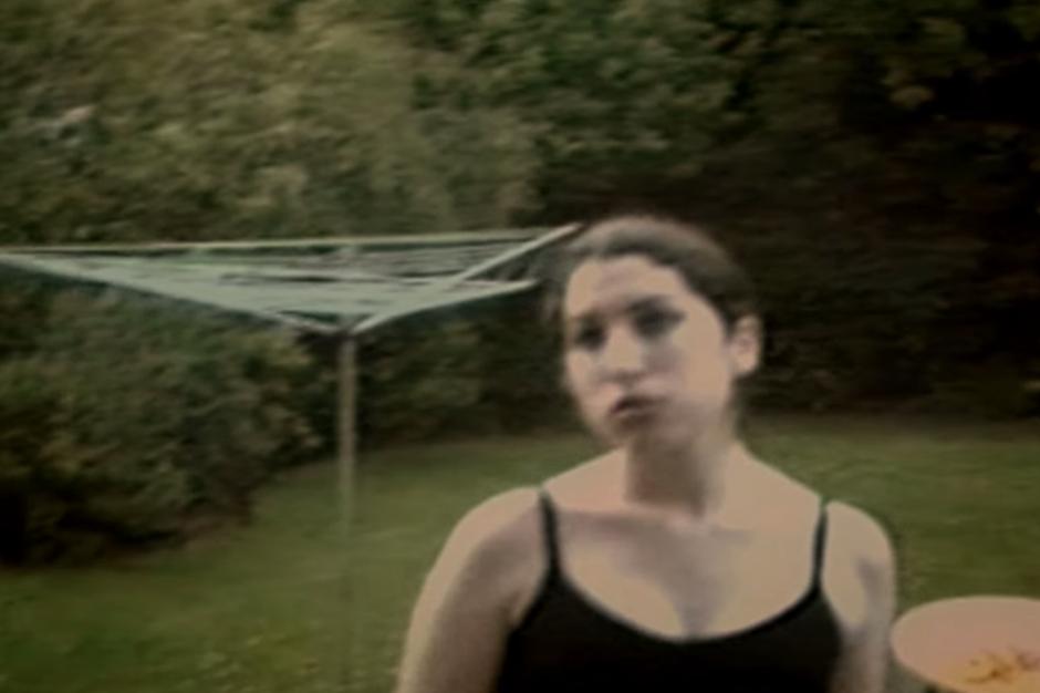 amy-winehouse-depression-documentary-clip
