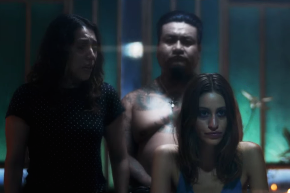 disclosure-holding-on-music-video-watch-caracal