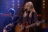 Ashley Monroe Continues Her 'Winning Streak' on 'Fallon'