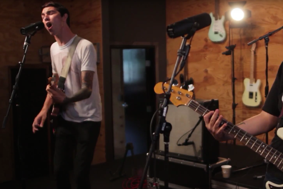 Joyce Manor Rip Open \'Christmas Card\' for New Live Session | SPIN