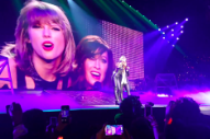 Taylor Swift Performs 'You Oughta Know' With Alanis Morissette