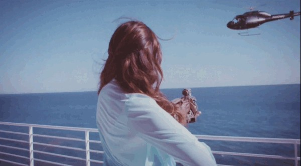 Lana Del Rey Gun