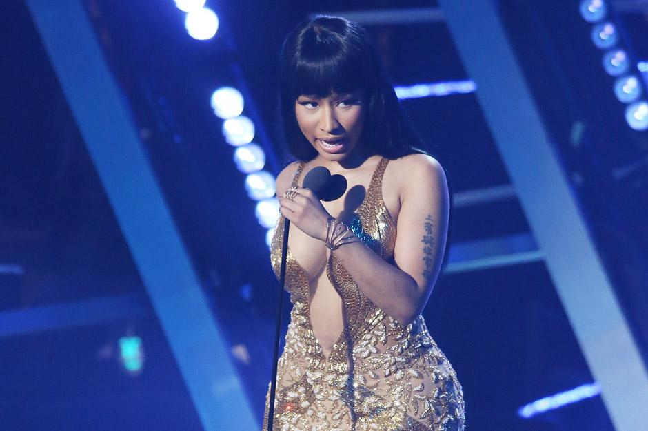 2015 MTV Video Music Awards - Show