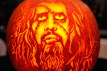 rob-zombie-halloween-facebook-troll-940