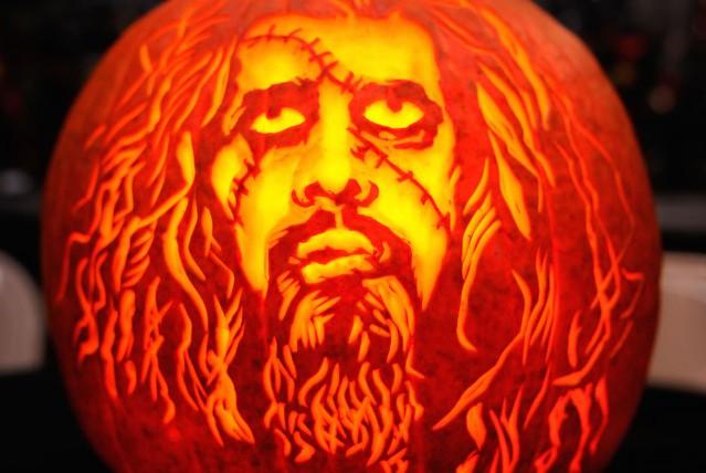 rob-zombie-halloween-facebook-troll-940