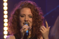 Jess Glynne Returns to 'Seth Meyers' for 'Hold My Hand' Performance