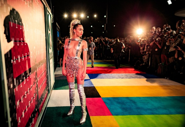 Miley Cyrus at the 2015 MTV Video Music Awards - Red Carpet