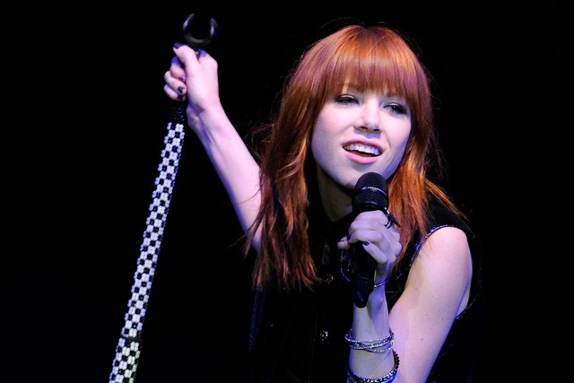 Carly Rae Jepsen Headlines Concert To Rock Out Bullying