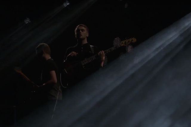 disclosure-amex-unstaged-concert-940