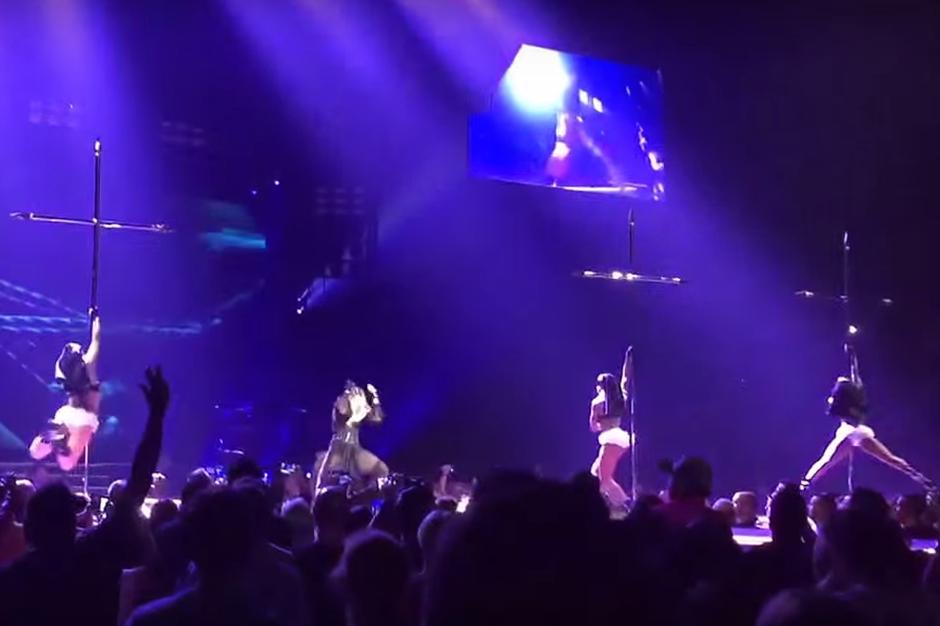 madonna-pole-dancing-nuns-montreal-rebel-heart