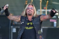 Mötley Crüe's Vince Neil Hangs Up After Interviewer Continues Asking About Metallica 'Beef'