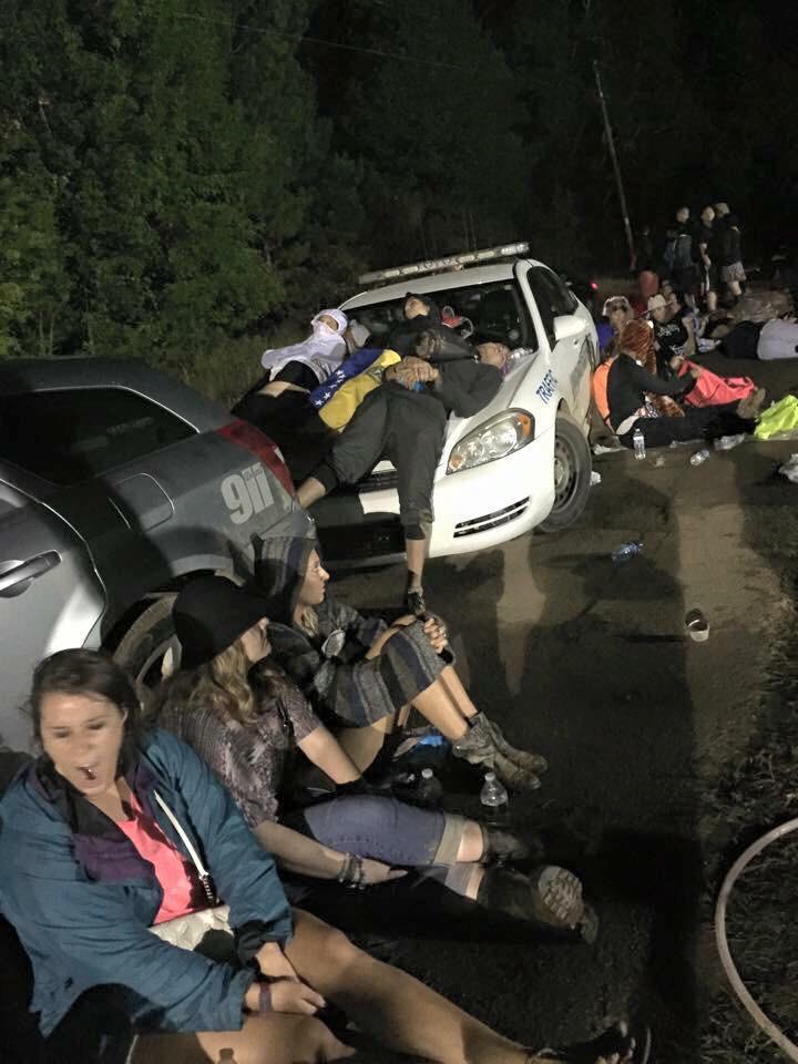 tomorrowworld-disaster-mud-stranded