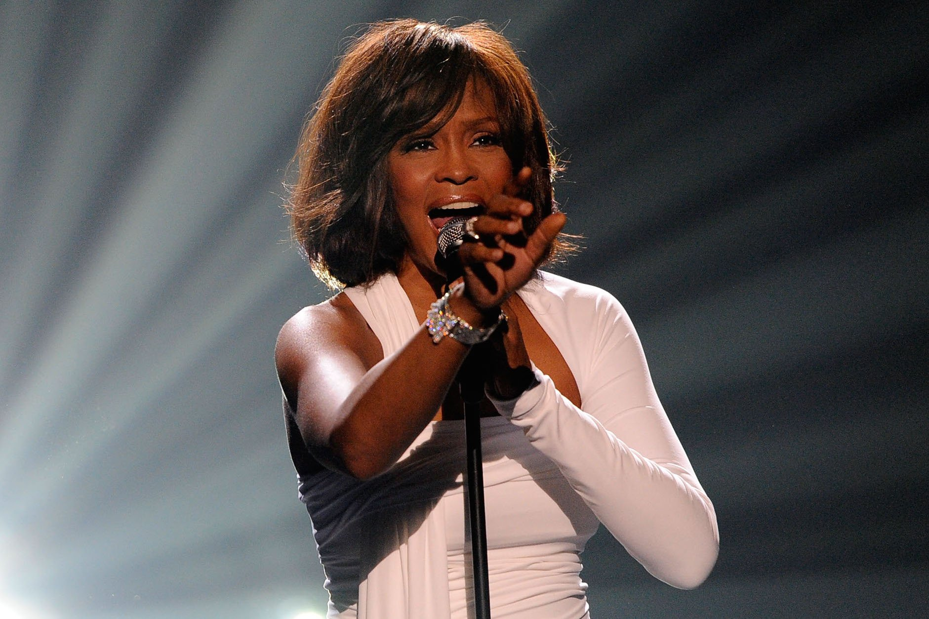 Whitney Houston Hologram Will Tour in 2016 | SPIN