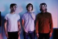 METZ Share Explosive New Single, 'Eraser'