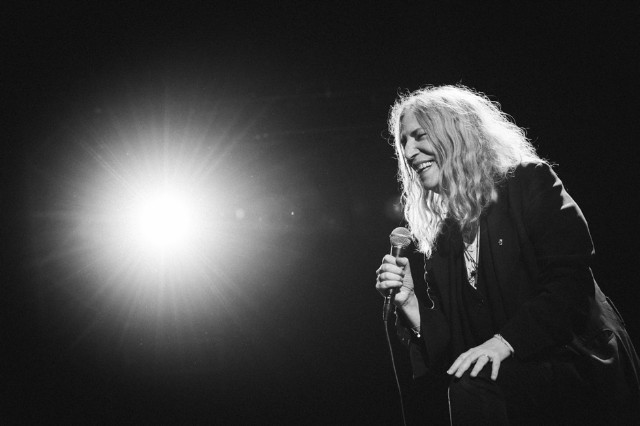 Patti Smith and her band perform Horses in Munich