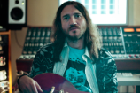 Former Red Hot Chili Peppers Guitarist John Frusciante Just Released Lots of Free Music
