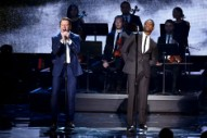 Macklemore & Ryan Lewis Debut 'Kevin' With Leon Bridges on AMAs