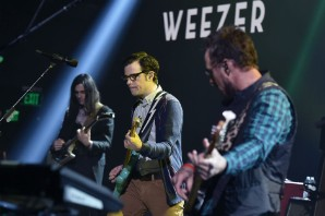 The 21 Best Weezer Songs of the 21st Century