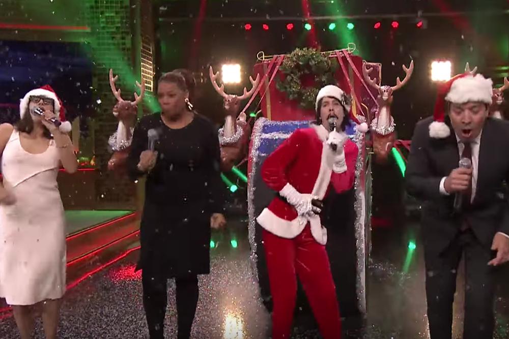 Jimmy Fallon and Rashida Jones Sing Holiday Parodies of Drake ...