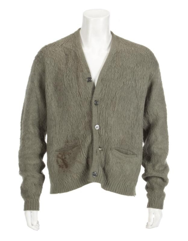 kurt-cobain-mtv-unplugged-sweater-auction
