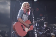 Miranda Lambert Owned the CMAs With 'Bathroom Sink'