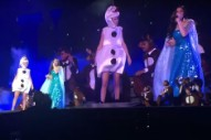 Watch Taylor Swift Sing 'Let it Go' in Costume With Idina Menzel