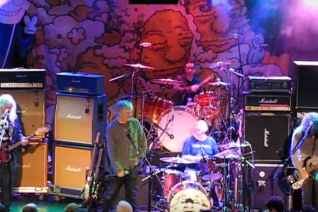 dinosaur-jr-fred-armisen-lee-ranaldo-940