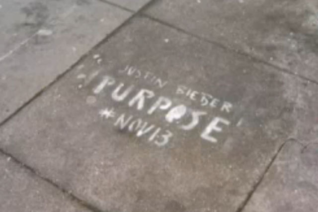 justin-bieber-purpose-graffiti-def-jam