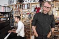 El Vy Bring Three 'Return to the Moon' Tracks to NPR's Tiny Desk