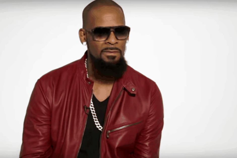 Watch R. Kelly Sing the Story of His Life For 45 Minutes Straight | SPIN