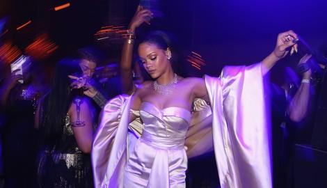 Rihanna Made 'Tropical House' Before Bieber