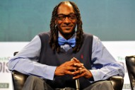 People Really, Really Want Snoop Dogg to Narrate 'Planet Earth'