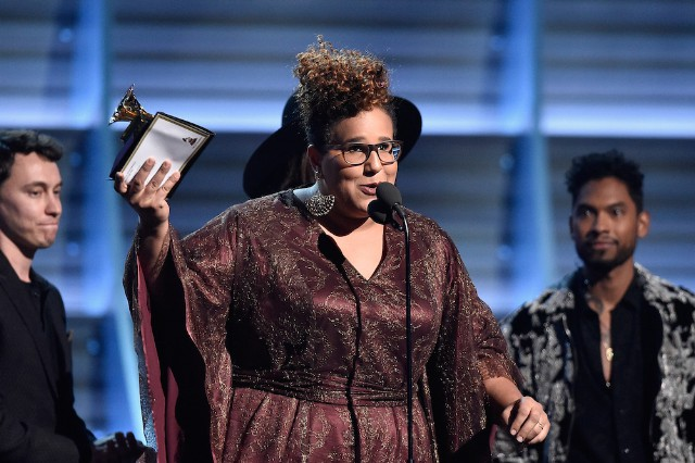 Watch Alabama Shakes Sing 'Don't Wanna Fight' at the 2016 Grammy