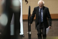 Bernie Sanders Closes Iowa Caucus Speech With David Bowie's 'Starman'