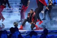 Jason Derulo Injures His Leg While Dancing in a Paris Nightclub