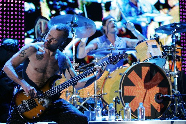 Red Hot Chili Peppers Play Melbourne