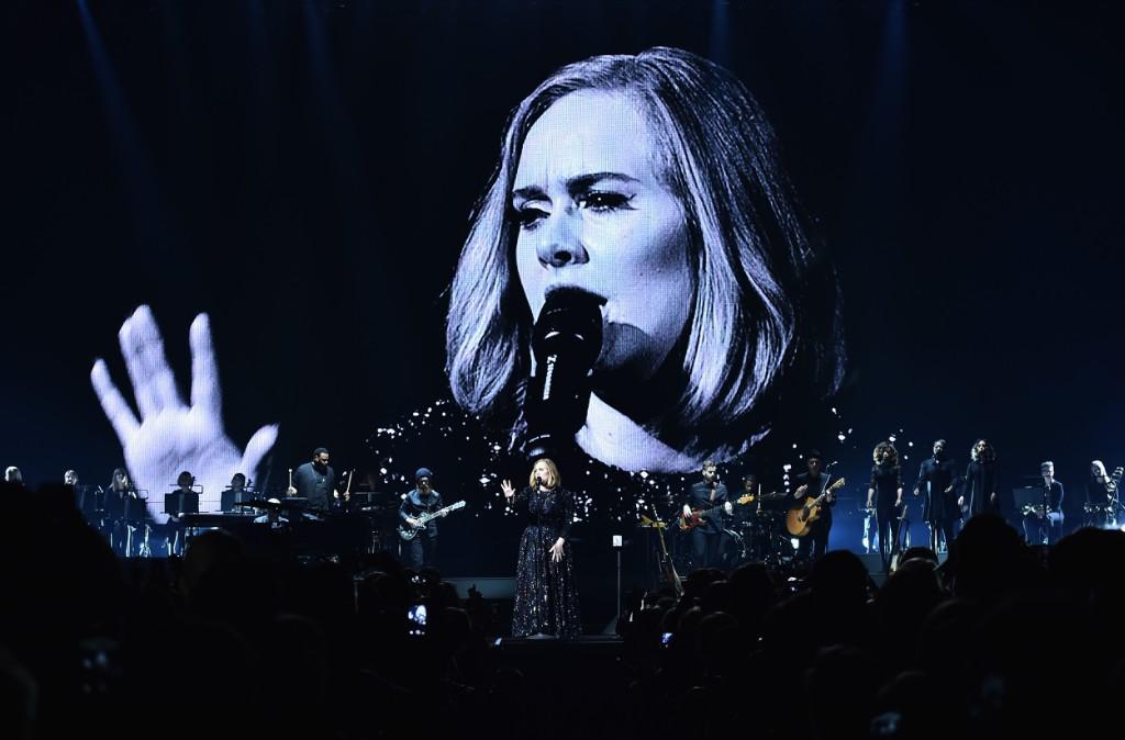Adele Will Headline Glastonbury Festival 2016