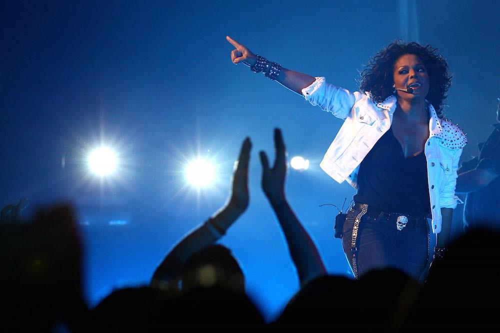 Janet Cancels Tour Dates