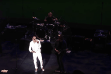 stone-temple-pilots-scott-weiland-first-show-without-chester-bennington-video-california