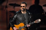 Eric Church Honors David Bowie, Lemmy, Glenn Frey, and Scott Weiland at 2016 ACM Awards