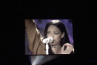 Rihanna Paid Tribute to Prince With a Stirring 'Diamonds' Performance