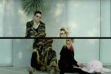 the-kills-heart-of-a-dog-music-video-ash-and-ice-watch