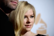 World's Biggest Nickelback Fan Avril Lavigne Went on a Pro-Nickelback Twitter Rant