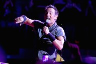 Bruce Springsteen Tries to Hit the Dab