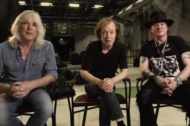 axl-rose-acdc-first-appearance-lisbon-show-video
