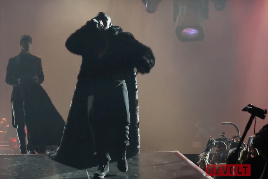 bad boy family reunion puff daddy and the family jay z nas brooklyn watch video