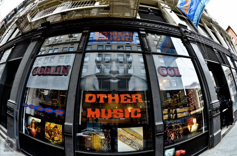 new york city s other music record store to close for good next month spin. Black Bedroom Furniture Sets. Home Design Ideas
