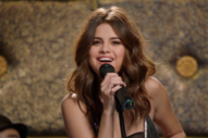 Selena Gomez Stoically Leads House Band Aboard Doomed Zeppelin on 'Inside Amy Schumer'